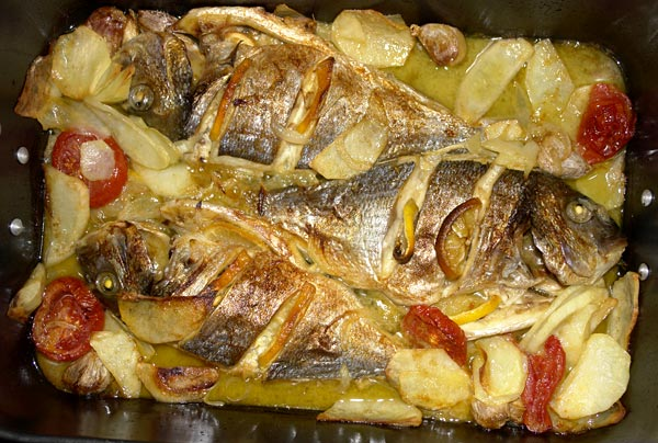 Рыба в духовке с сыром
