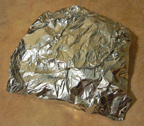 Заворачиваем семгу с картошкой и отправляем в духовку для запекания
