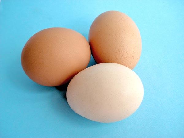 Яйца для пирога варим вкрутую