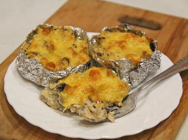 Жюльен из курицы и грибов рецепт